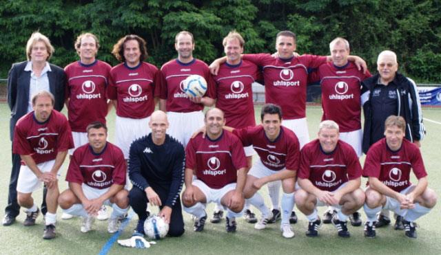 Das Classique Team vor dem Spiel beim A-Kreisligisten SV 09 Försheim
