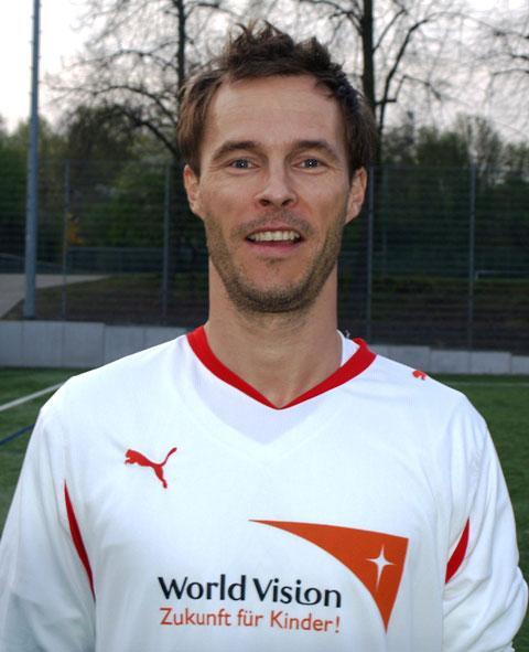 Robin Drastig war am Dienstag, den 01.04. beim Testspiel, bei der SG Sossenheim ein Aktivposten im Classique-Team. Zudem erzielte der dynamische Mittelfeldspieler zwei Tore beim 3:2 Sieg.