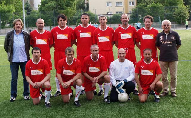 Das Team der SG Hoechst Classique vor dem Spiel in Sossenheim